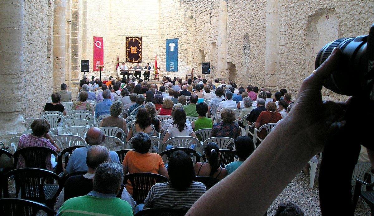 Carta abierta a la señora alcaldesa de Priego, por Martín Muelas, director del curso 'Leer y entender la poesía'