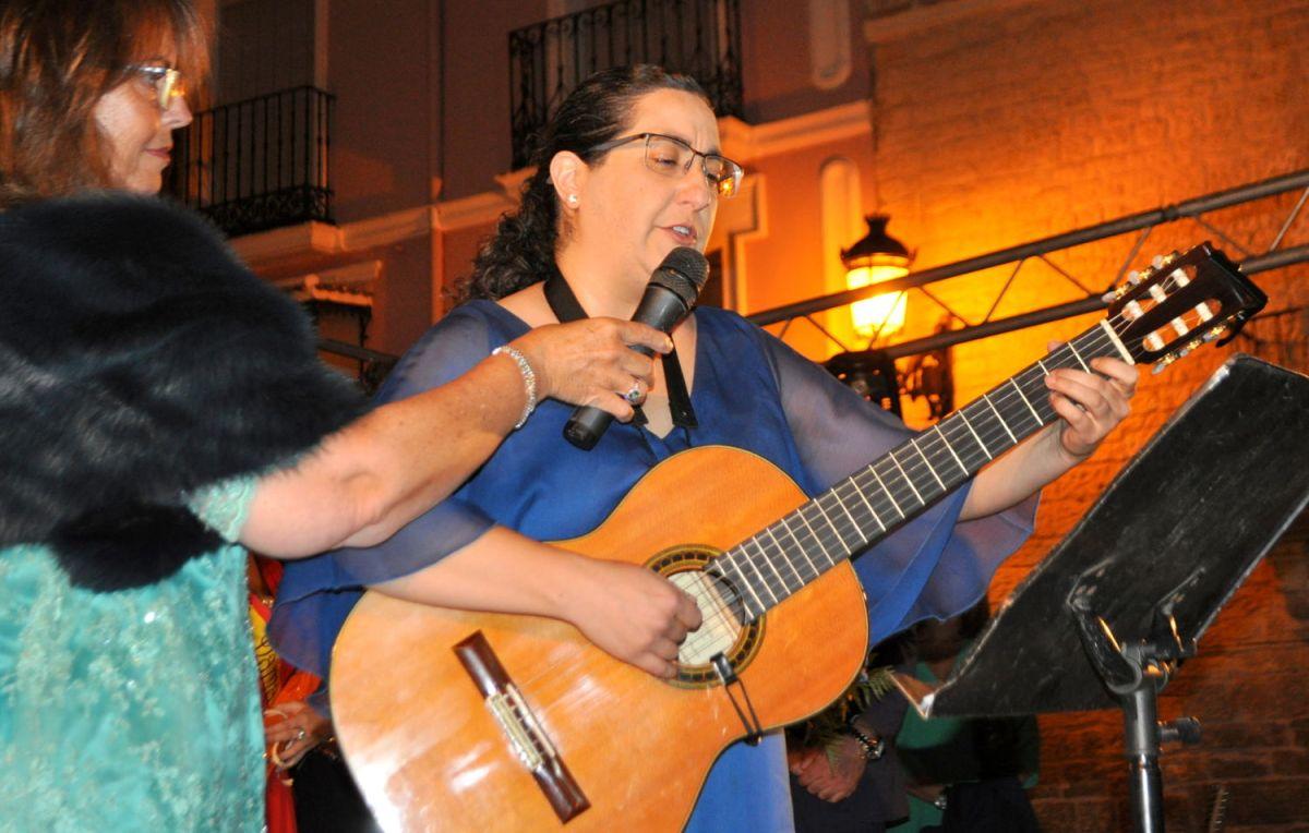 El pregón de Ana Cristina Ocaña y el discurso reivindicativo de Vitorino Pérez inauguraron las Fiestas del Cristo