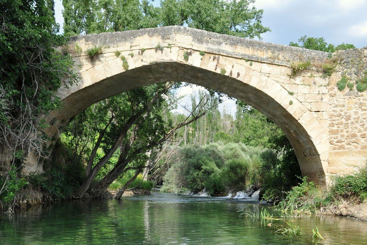 Diputación no rehabilitará el puente Liende antes de 2018