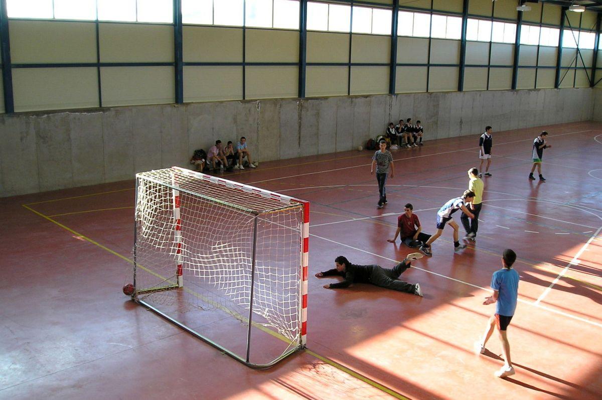 El polideportivo lleva cerrado desde mayo y todas sus actividades están paralizadas