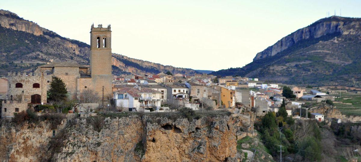 Los malos olores vuelven a Priego en uno de los fines de semana más turísticos del año