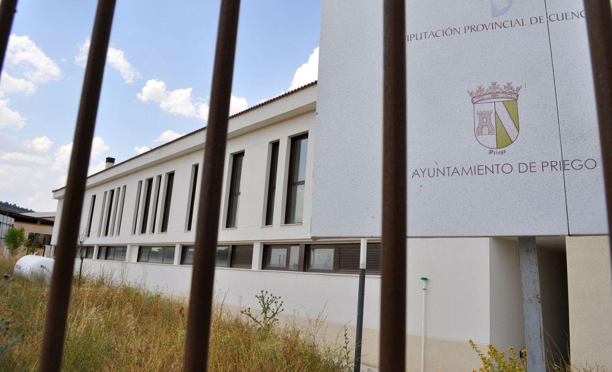 Priego empieza a movilizarse para exigir al Gobierno regional que abra la residencia de mayores