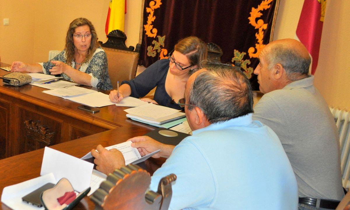 Los concejales de la oposición ya han registrado en el Ayuntamiento la convocatoria de un Pleno extraordinario